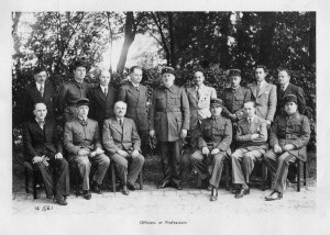 Officiers et professeurs